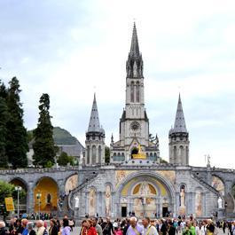 Basilique de Lourdes Notre Dame du Rosaire