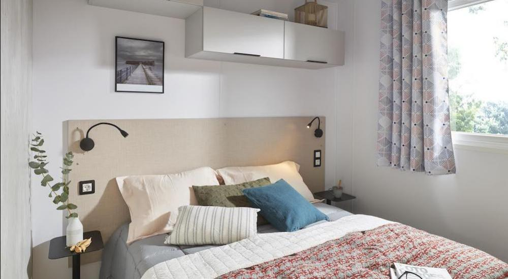Chambre adulte spacieuse
